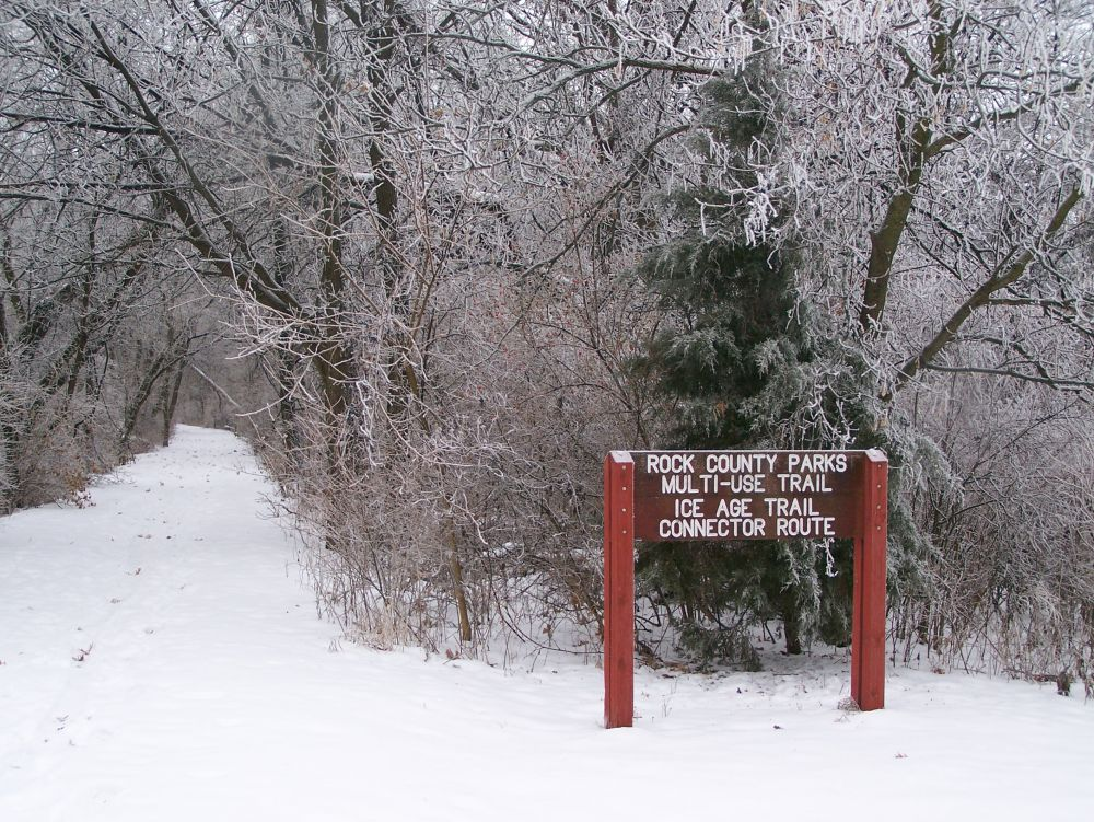 Ice Age Connector Trail sign